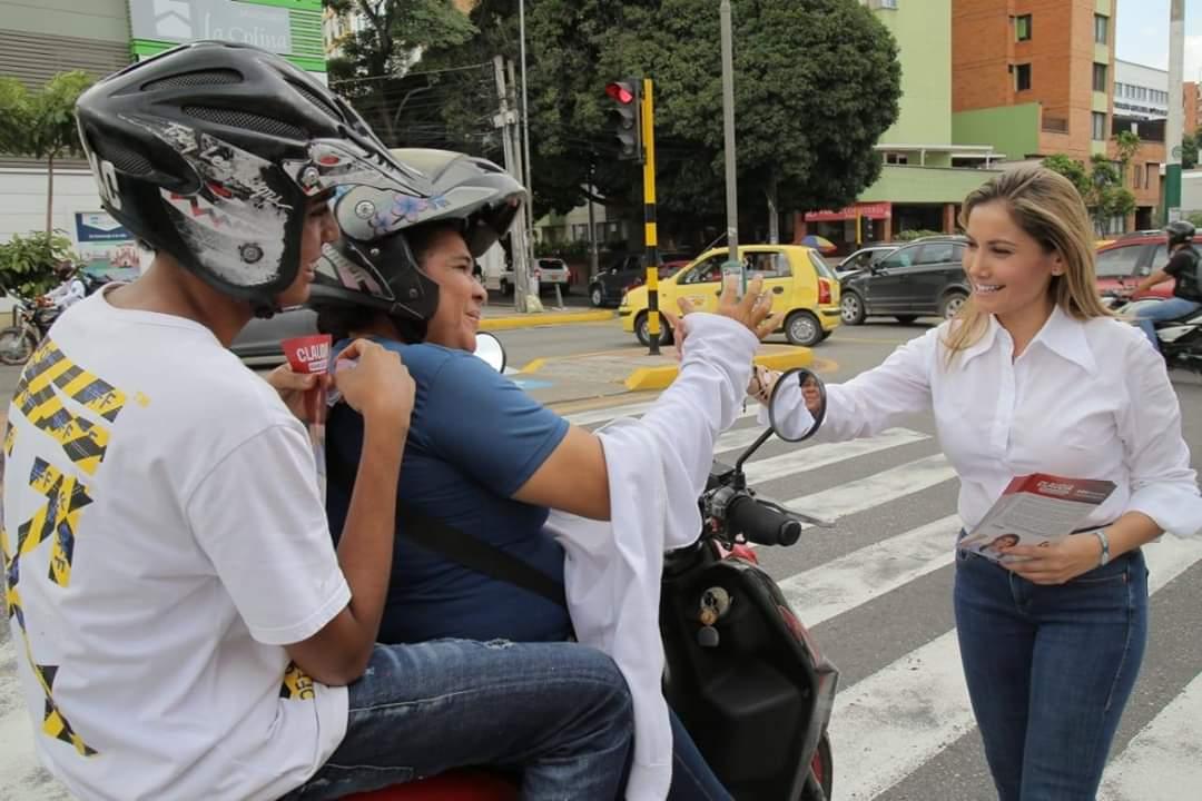 Claudia López se toma las calles de Bucaramanga  | EL FRENTE