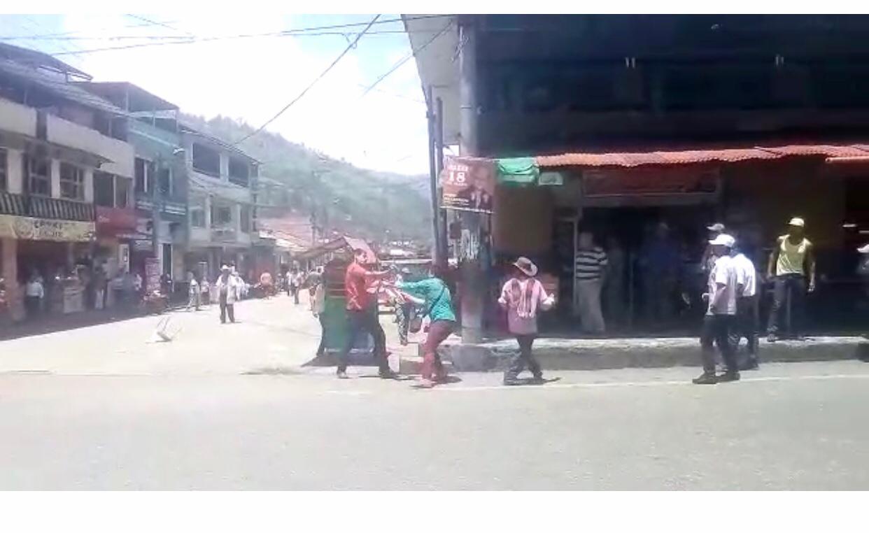 Sangriento hecho, hombre apuñaló a otro en centro de Cajamarca | Nacional | Justicia | EL FRENTE