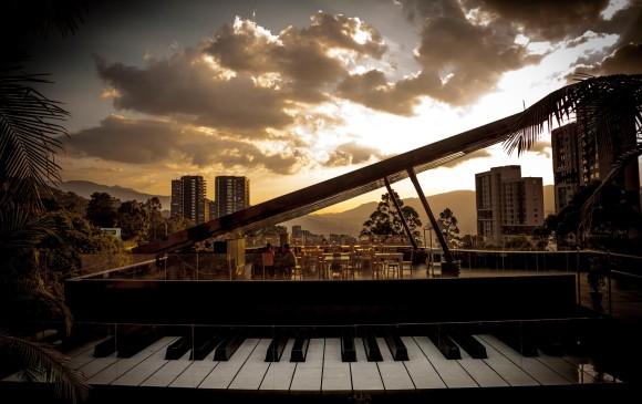 Un piano que sonará por 24 horas en Colombia | EL FRENTE