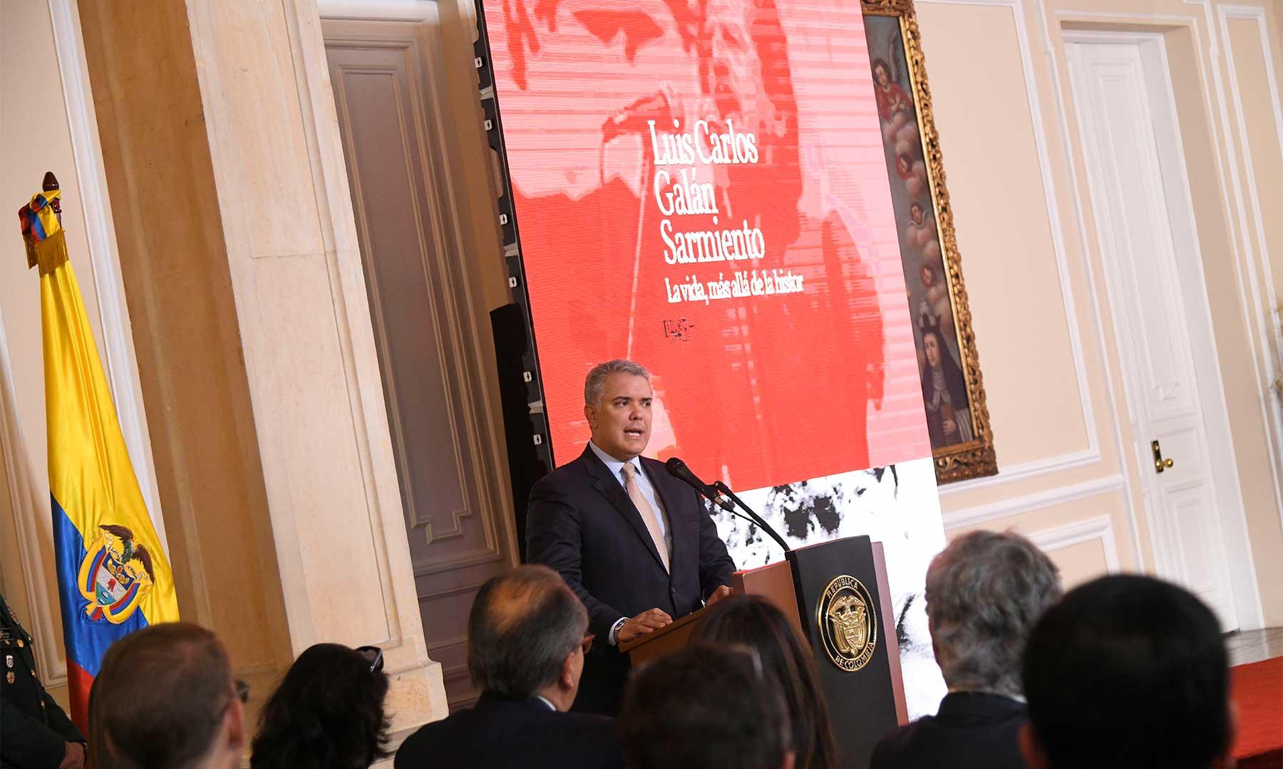 """Homenaje de Gobierno nacional. """"Debemos recordar el talante y la valentía de Luis Carlos Galán""""   Colombia   EL FRENTE"""