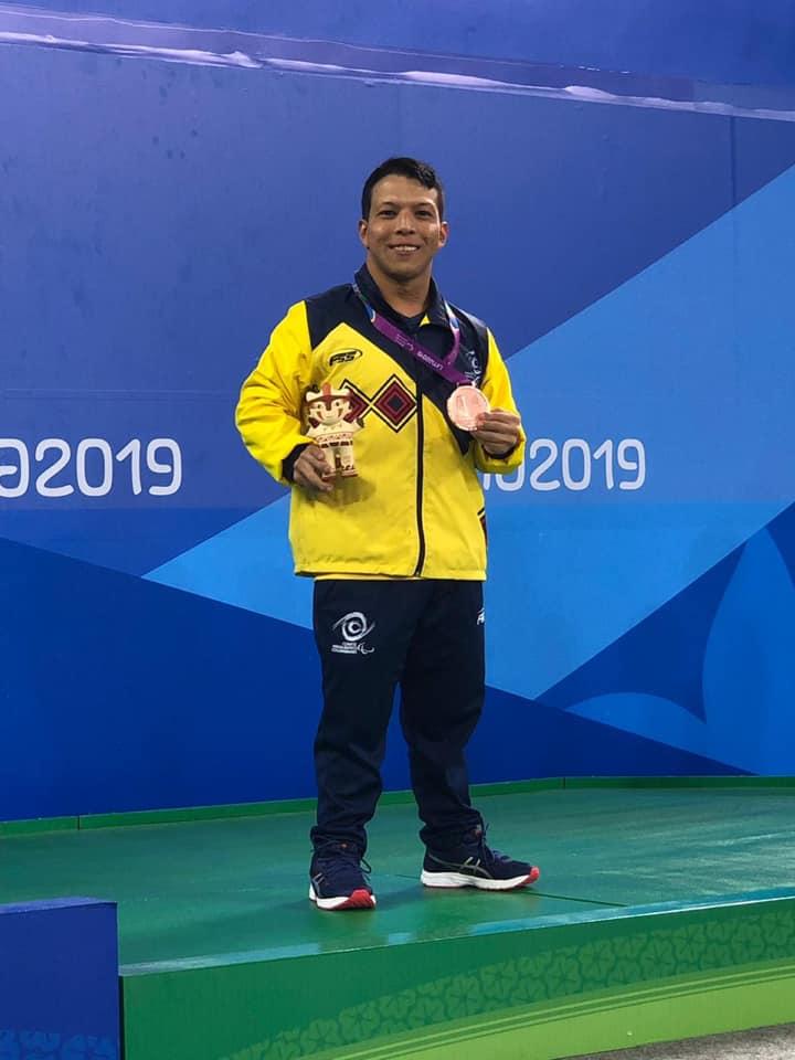 Nelson Crispín campeón mundial de Para Natación   EL FRENTE