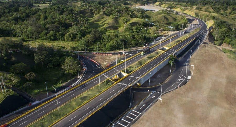 Grupo Aval y Odebrecht pelean para que Estado pague 4 billones de pesos | EL FRENTE