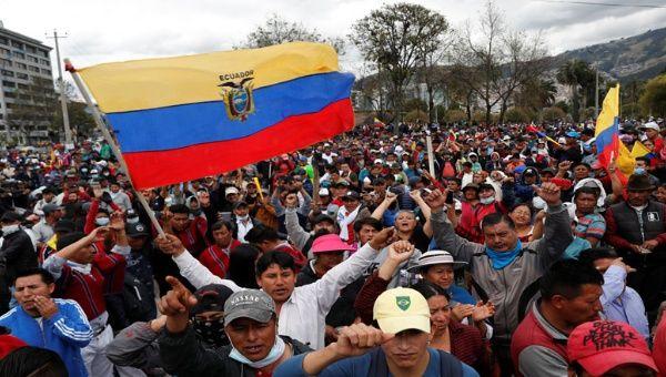 Presidente de Ecuador deroga decreto y finalizan las protestas | EL FRENTE