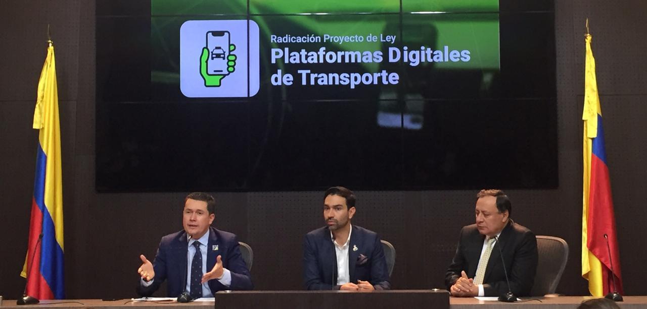 Edwin Ballesteros presentó proyecto para legalizar UBER | EL FRENTE
