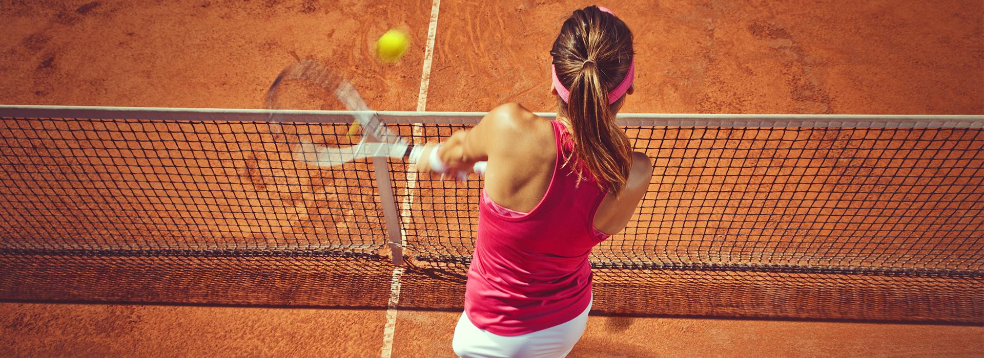 Saludo entre dos tenistas termina en pelea   EL FRENTE