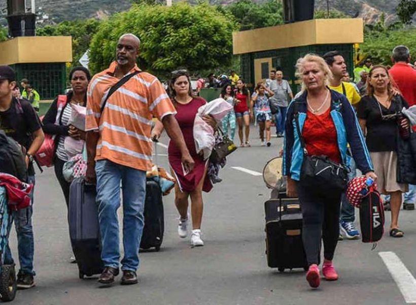 Con panfletos ofrecen dinero por cada venezolano muerto | EL FRENTE