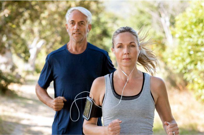 Ejercicio durante unos 50 minutos por semana. Trotar es un remedio para vivir más tiempo | EL FRENTE