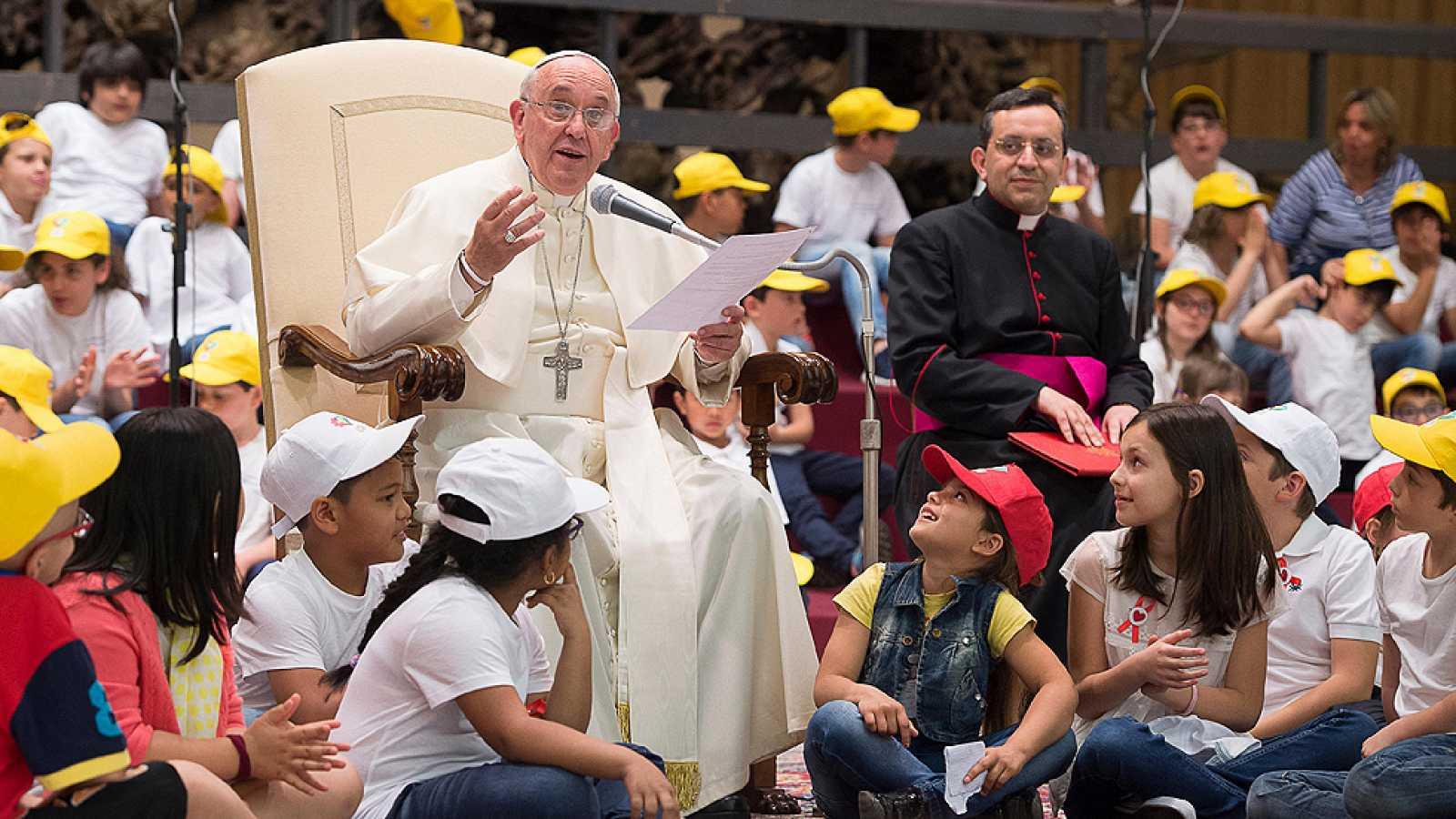 Pedido del papa Francisco a las empresas tecnológicas  | EL FRENTE