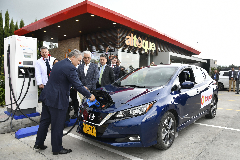 En ceros quedó el arancel de importación de vehículos eléctricos  | EL FRENTE