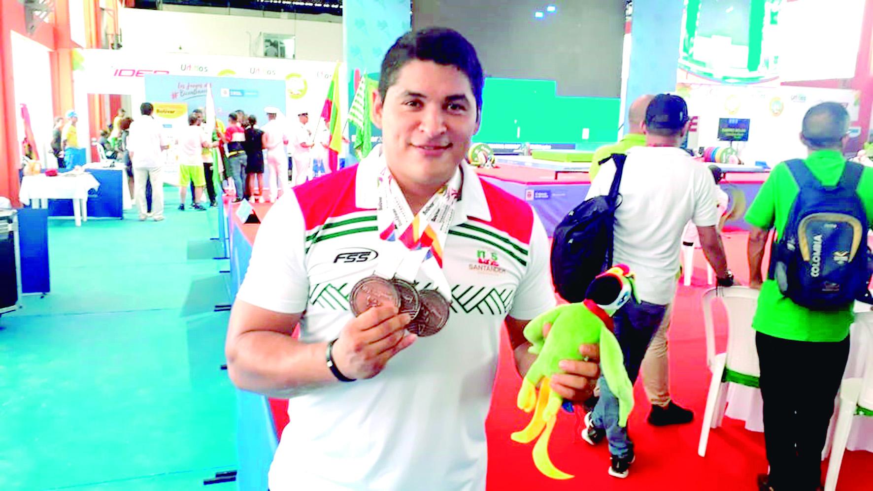 Pesista Orlando Olave logra tres medallas de bronce | Local | Deportes | EL FRENTE