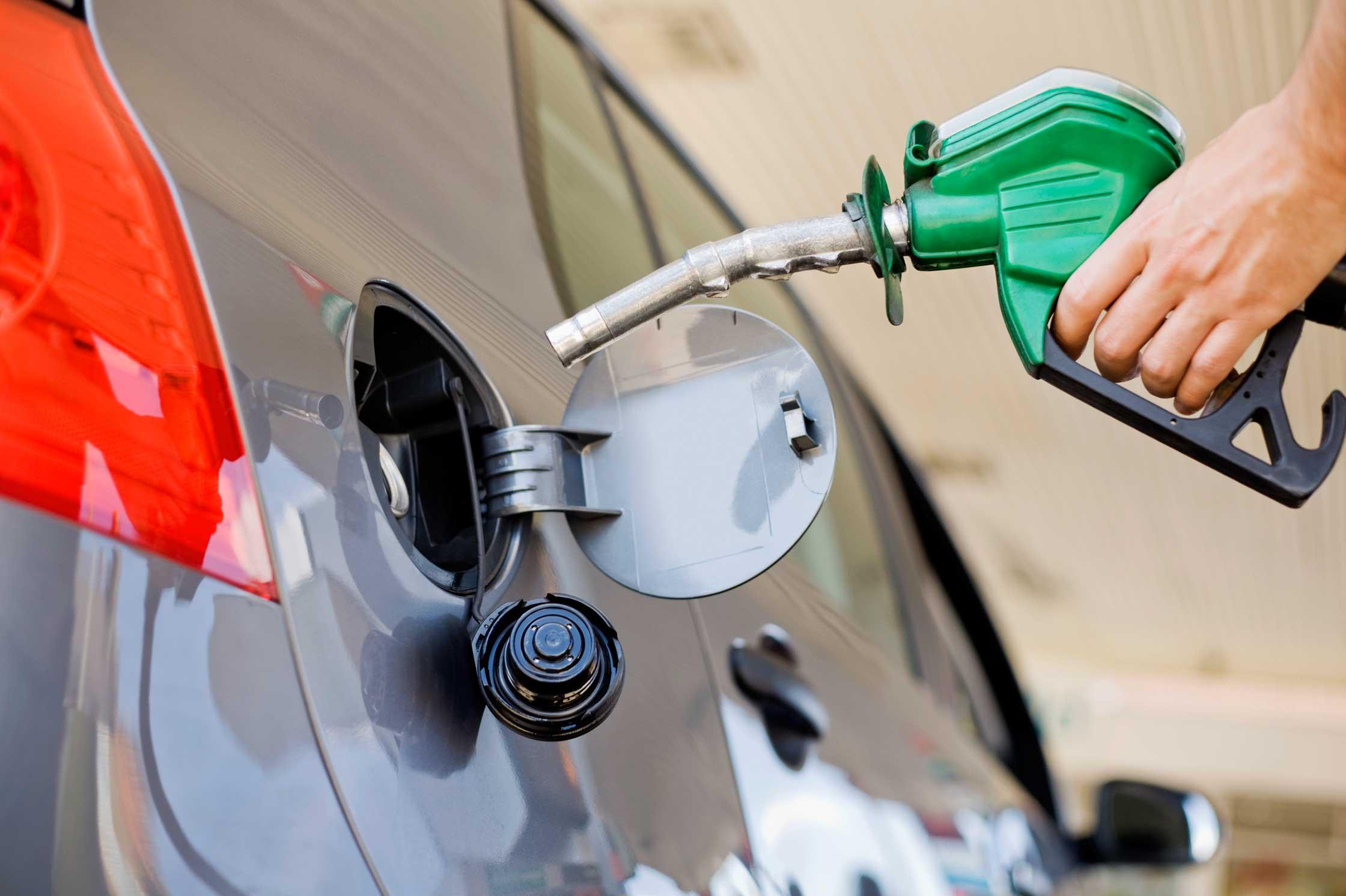 No subirá el precio de la gasolina y ACPM en diciembre | Economía | EL FRENTE