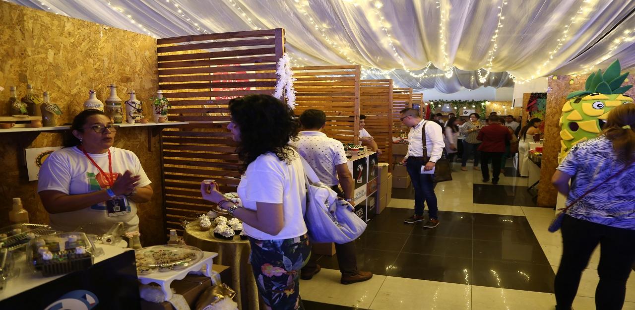 Comerciantes de sectores vulnerables. Encuentro Empresarial Bucaramanga Progresa | Economía | EL FRENTE