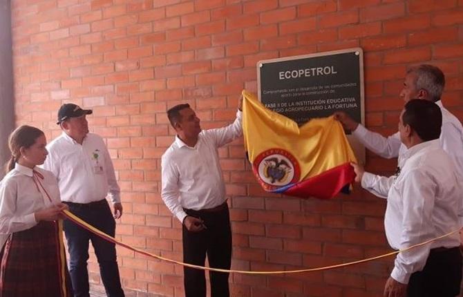 Inauguración en Barrancabermeja. Entregan segunda fase del colegio Agropecuario La Fortuna | Santander | EL FRENTE