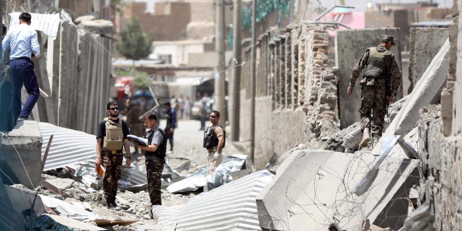Ataque terrorista cerca de base estadounidense en Afganistán  | Noticias | Mundo | EL FRENTE