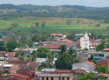 Denuncian masacre y desplazamiento de 160 personas en Tarazá, Antioquia | Nacionales | Colombia | EL FRENTE