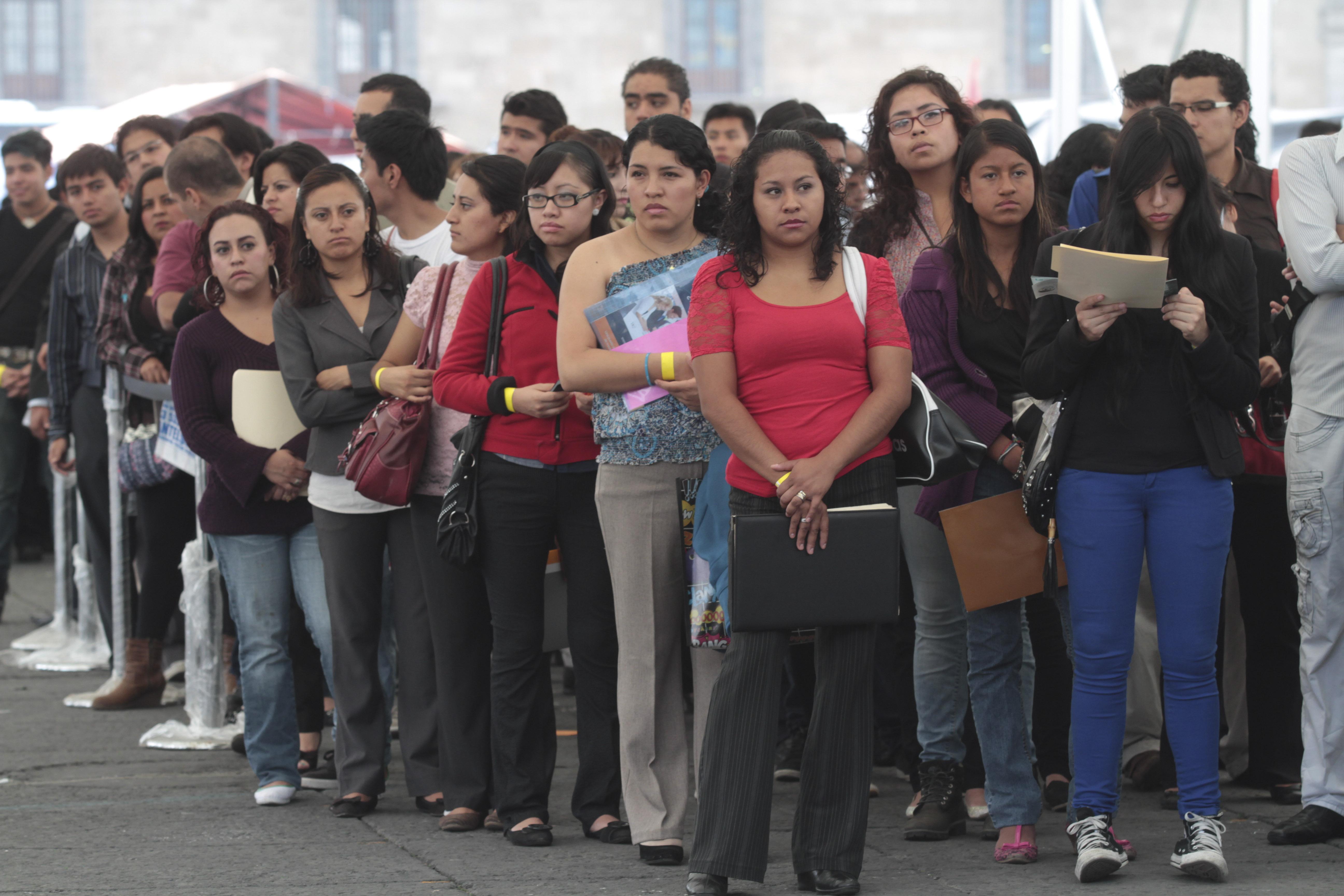 Decreto del Gobierno para estimular el trabajo. Empleo le abre las puertas a los jóvenes | EL FRENTE