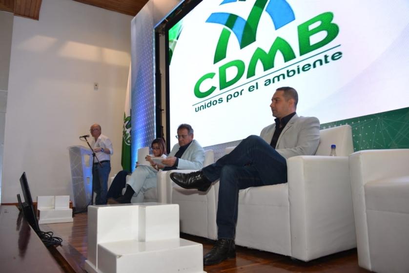 CDMB reforestó 438 hectáreas en el cuatrienio | EL FRENTE