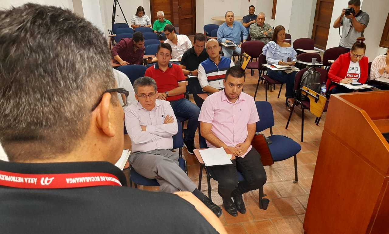 Alcaldes del Área analizan alternativas para girar recursos a la Emab | EL FRENTE