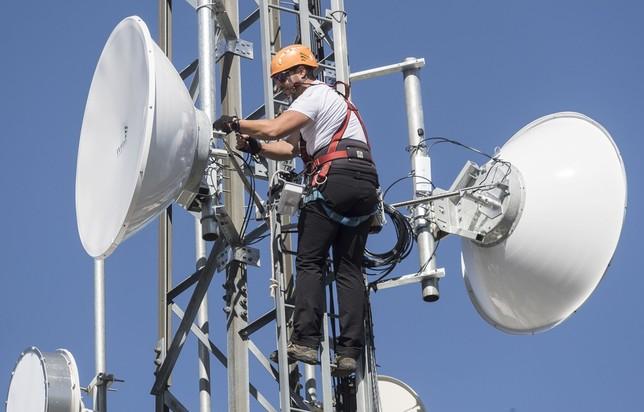 Desfalco para conectividad tiene millonario capítulo en Santander  | EL FRENTE
