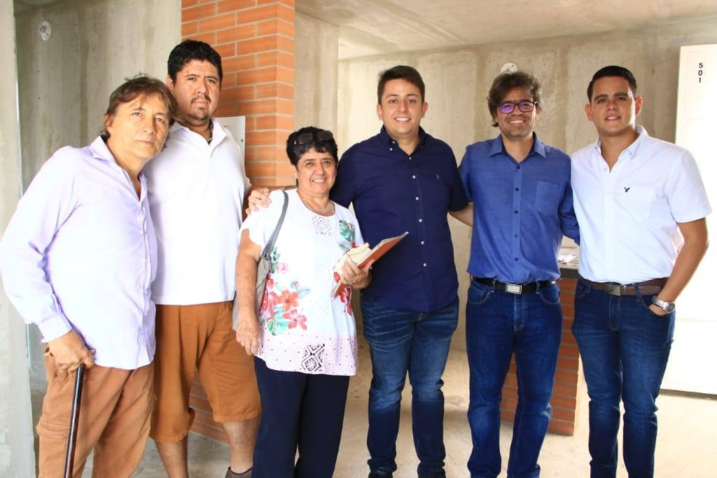 Mandatario de los florideños entregó llaves de nuevas viviendas   Floridablanca   Metro   EL FRENTE