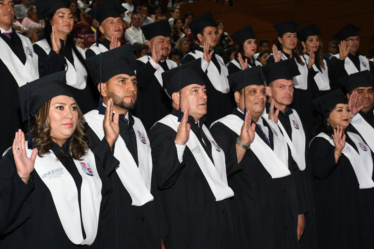 Grado pra 41 uniciencistas que cumplieron su sueño y se convirtieron en nuevos profesionales  | Educación | Variedades | EL FRENTE