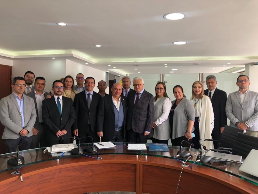 Firmado convenio entre la UNAD y Confeorg para reducir los siniestros de transporte en Colombia | EL FRENTE
