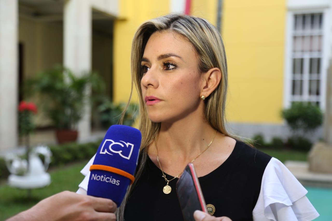 Secretaría de la Mujer se pronunció sobre feminicidio en Güepsa, Santander   EL FRENTE