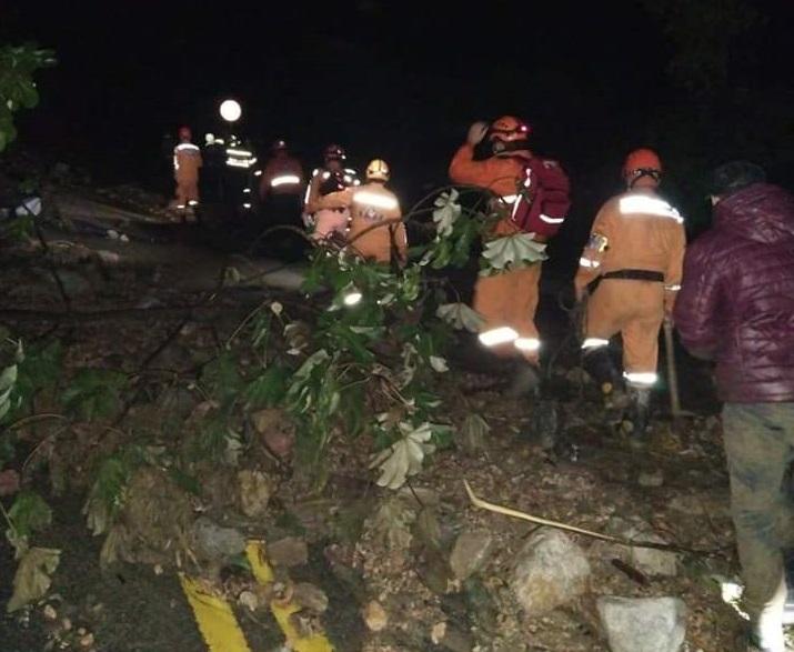 Tras avalancha en Piedecuesta, confirman tres muertes y desaparición de doce personas más  | EL FRENTE