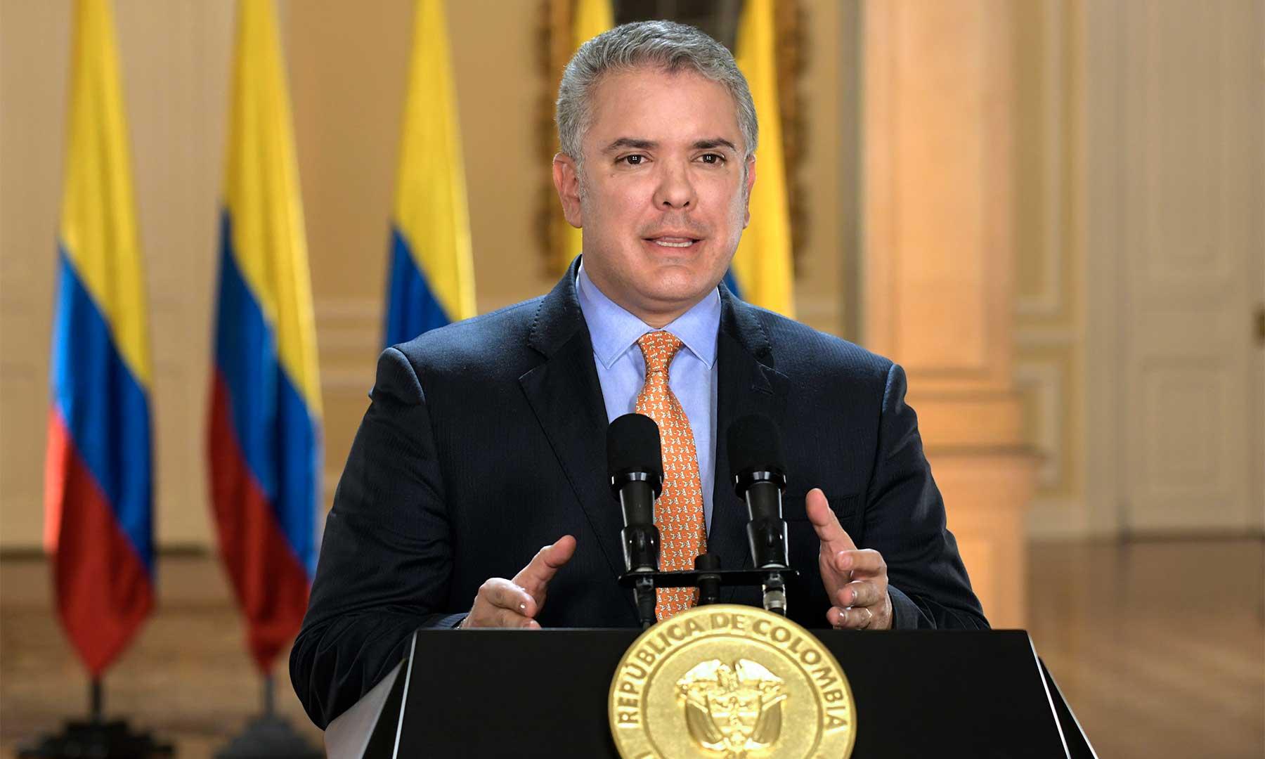 """""""Quedémonos en casa y salvemos vidas"""": Presidente Duque   EL FRENTE"""