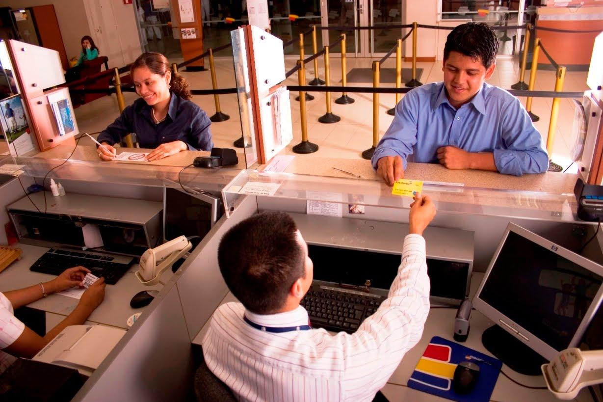 Incalculables solicitudes de clientes en el país. Hay alivios y apoyos de la banca por el covid-19 | EL FRENTE