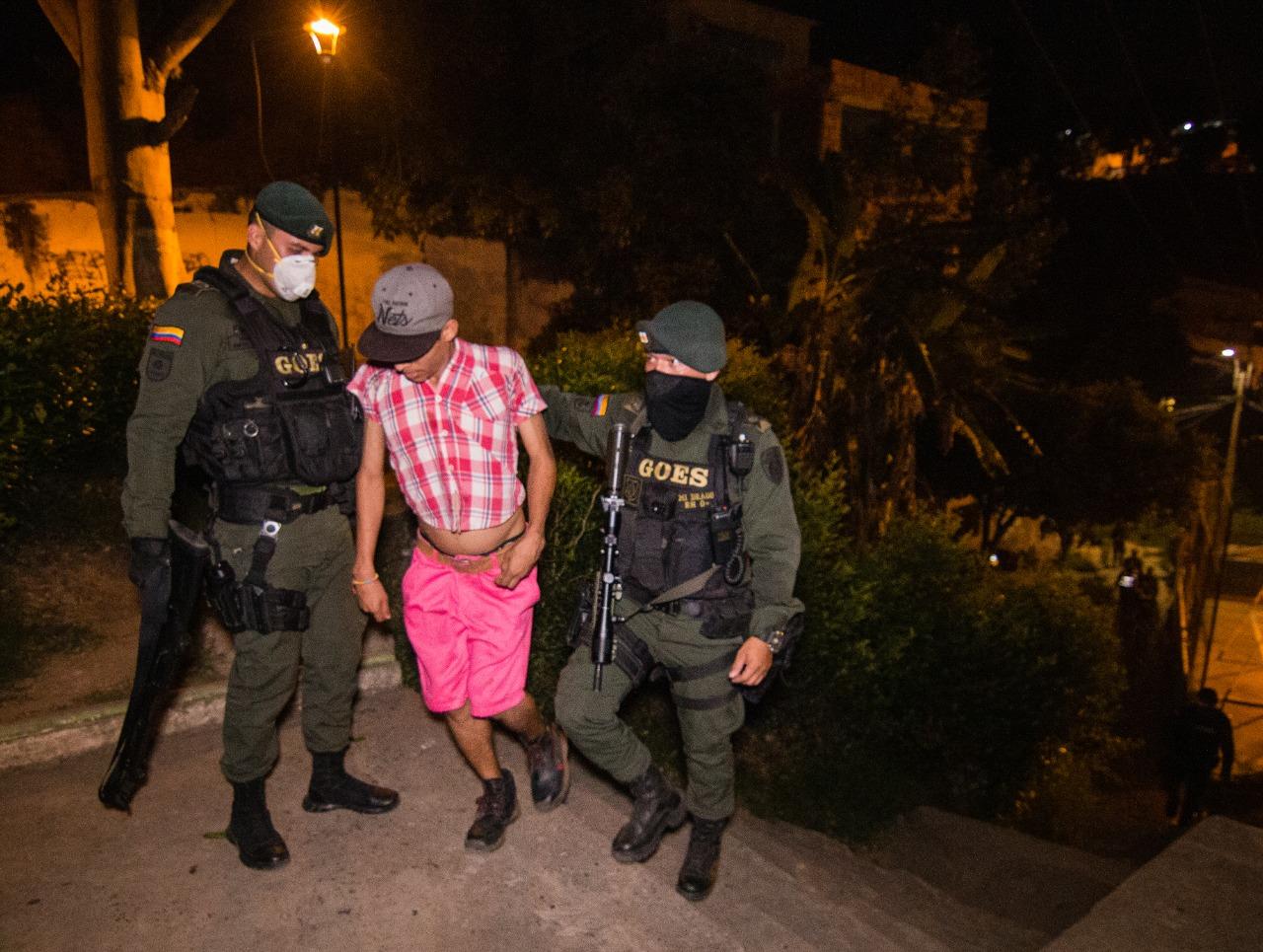Floridablanca. 890 comparendos fueron aplicados por no cumplir confinamiento  | Floridablanca | Metro | EL FRENTE