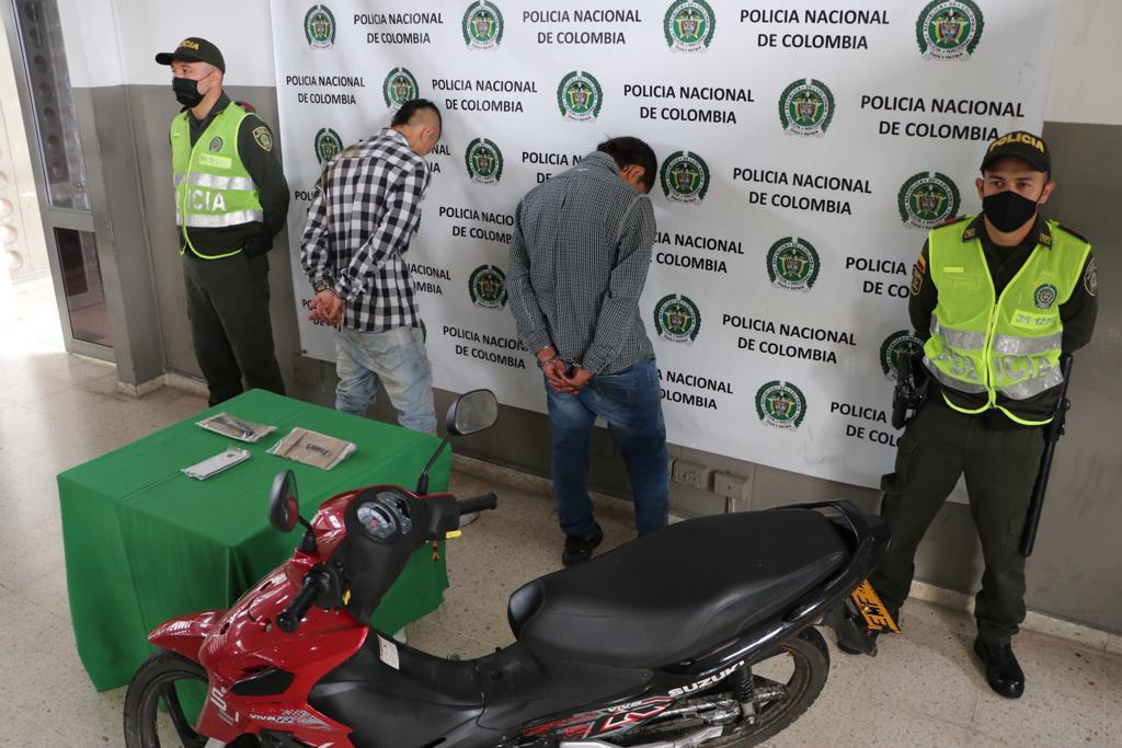 Mediante cámaras de seguridad dos delincuentes fueron identificados  y capturados | Justicia | EL FRENTE