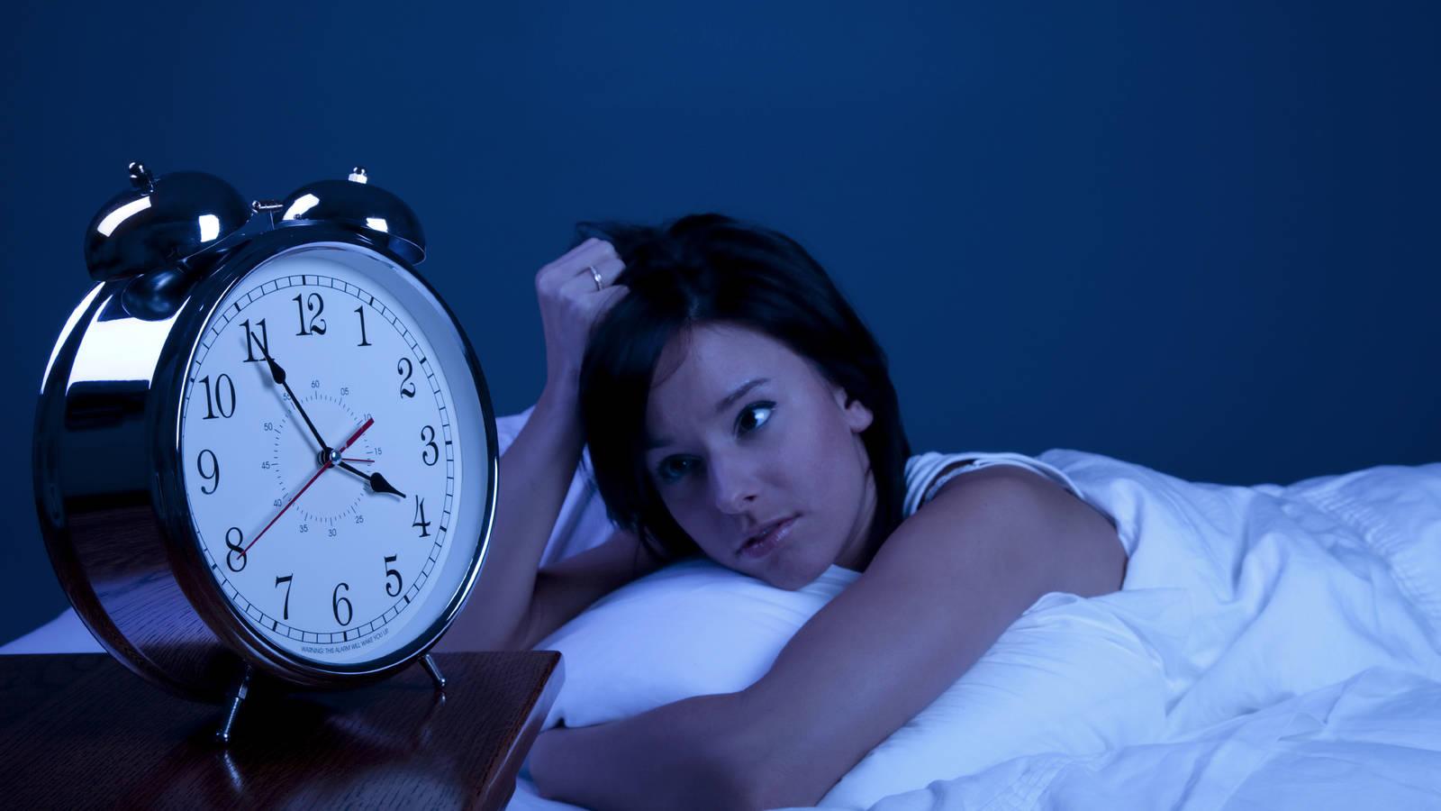 ¿Cómo controlar el insomnio en tiempos de cuarentena? | EL FRENTE
