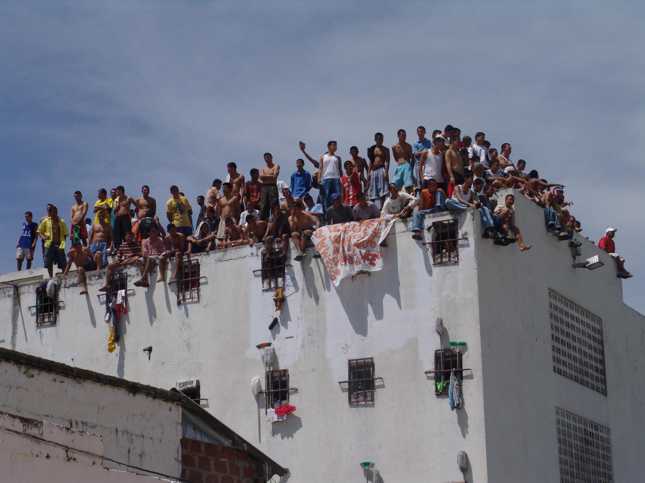 7 mil reclusos han recuperado la libertad durante la pandemia | Política | EL FRENTE