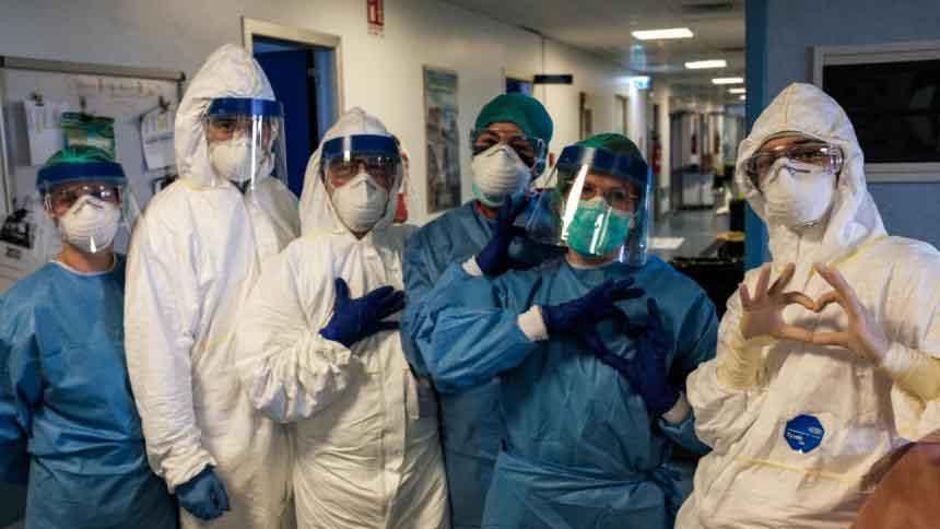 Escasez mundial de elementos de protección en personal medico | Variedades | EL FRENTE