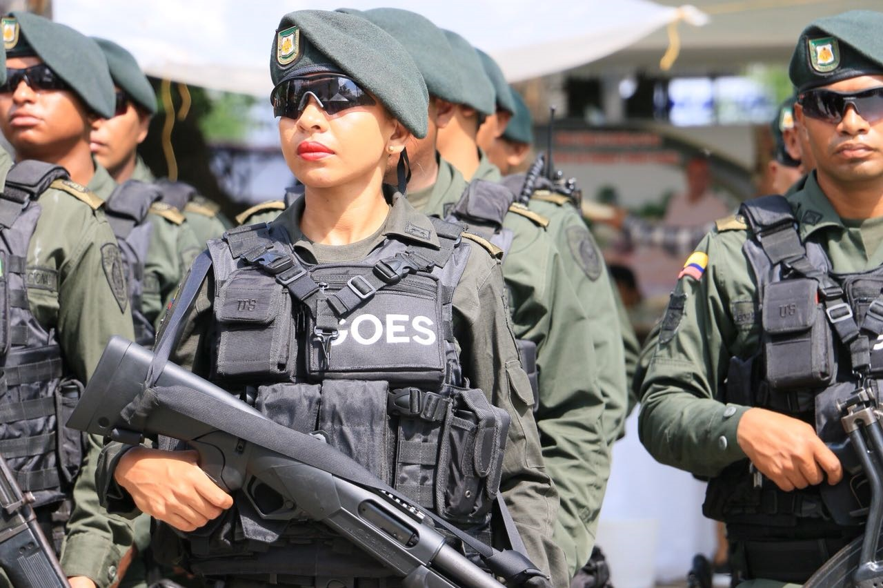 Policía resultó herido cuando hacía patrullaje    Local   Justicia   EL FRENTE