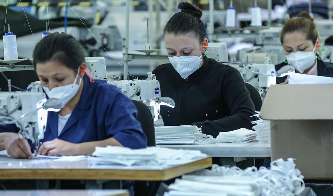 Gobierno ayudará para el pago de prima a salarios de millón de pesos | Política | EL FRENTE