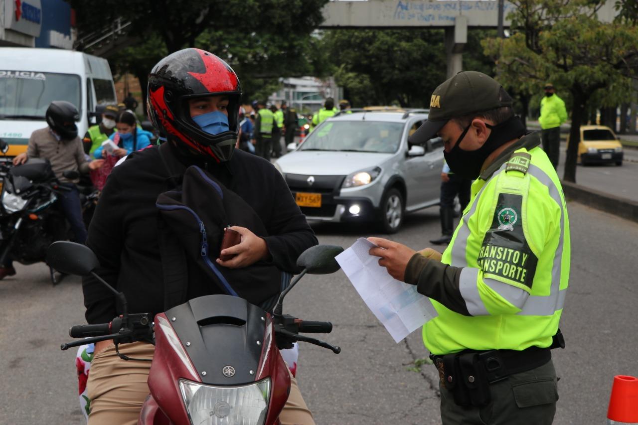 Tras nuevas medidas autoridades fijan puestos de control   EL FRENTE