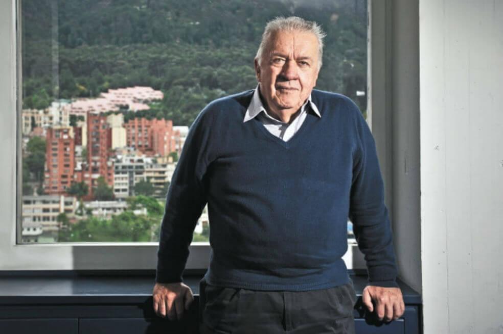 """Los mayores de 70 debemos organizar movimiento político de """"autodefensa"""" Por: Rudolf Hommes   EL FRENTE"""