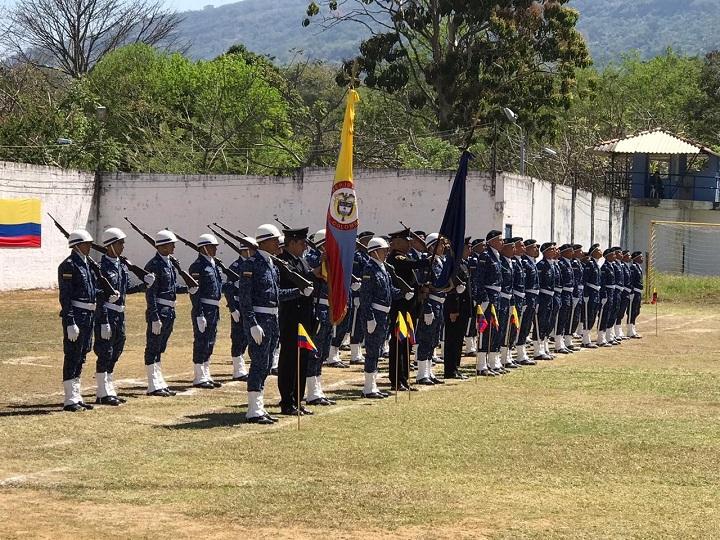 Llamado al servicio militar en el INPEC. Opción para que los jóvenes bachilleres cimienten su futuro | EL FRENTE
