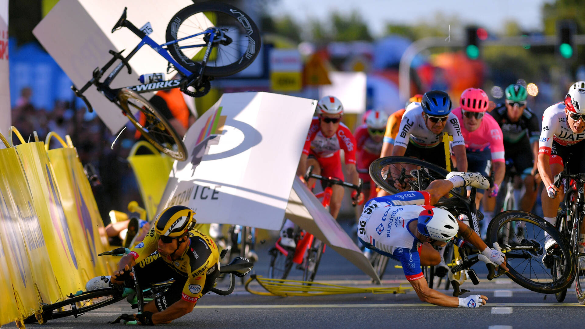 Ciclista holandés Fabio Jakobsen en estado critico | Internacional | Deportes | EL FRENTE