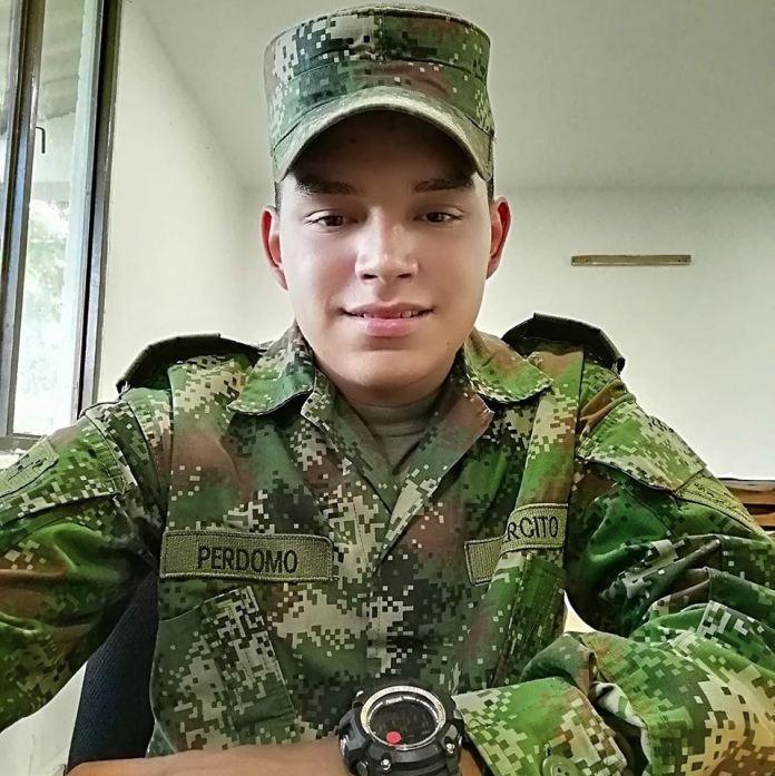 ¿Homicidio o suicidio? Soldado murió al interior de una base militar | Colombia | EL FRENTE