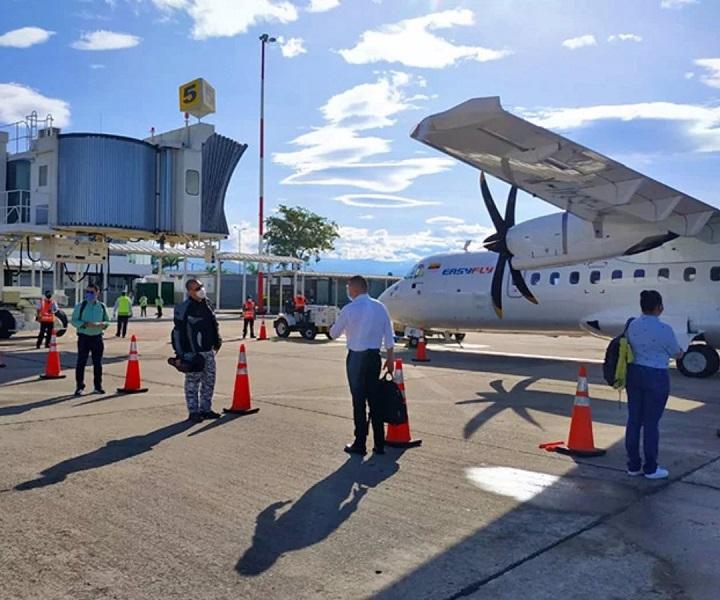 Autorizado vuelo piloto entre Medellín y Bucaramanga. Gobernador pide que sea en septiembre | Santander | EL FRENTE