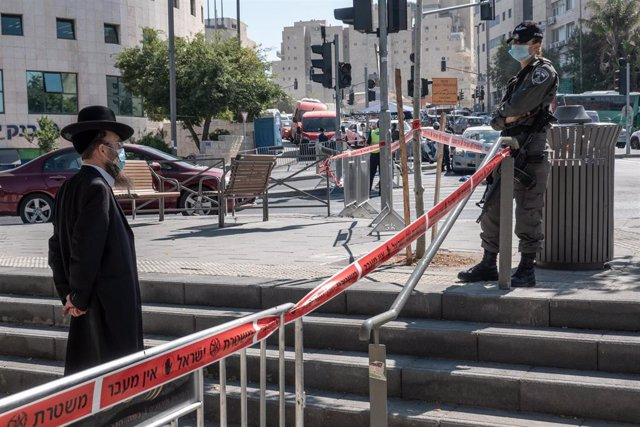 Israel ordenó nuevo confinamiento total de tres semanas   EL FRENTE