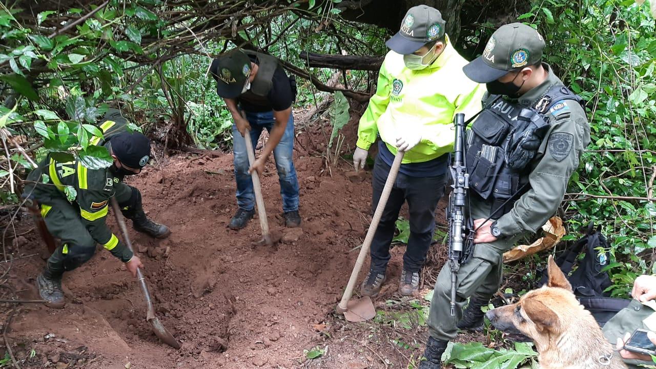 Autoridades hallaron cadáver que podría ser de joven desaparecido en Lebrija | EL FRENTE