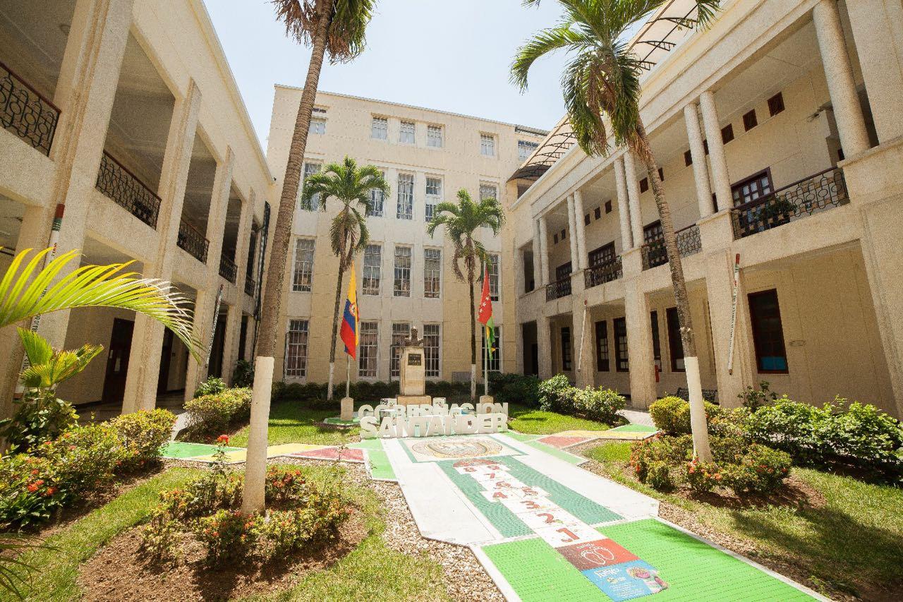 Piden al gobernador fortalecer la Oficina de Control Interno    Local   Política   EL FRENTE