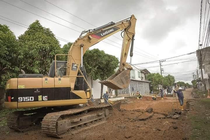 Obras en la Comuna Siete de Barrancabermeja. Recuperación vial avanza en un 35% | Santander | EL FRENTE
