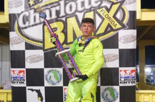 Juvenil John Alzate logra título internacional de BMX | EL FRENTE
