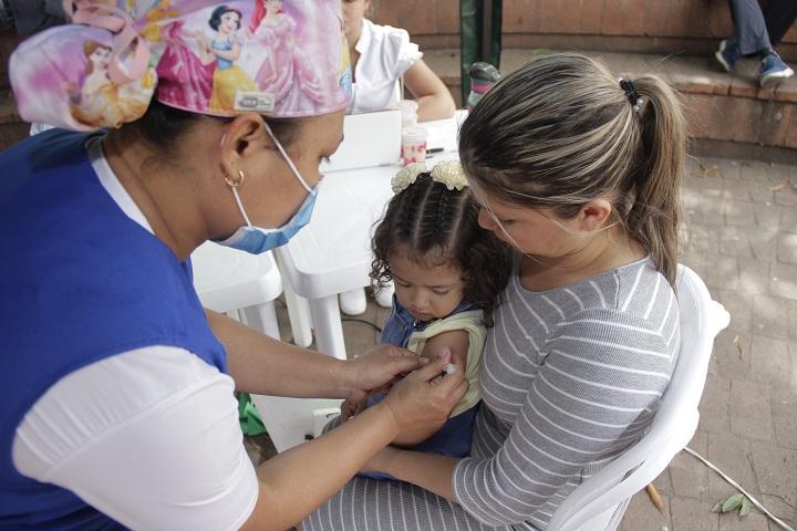 Campaña gratuita de salud en Santander. Jornada de vacunación este sábado para todos   EL FRENTE