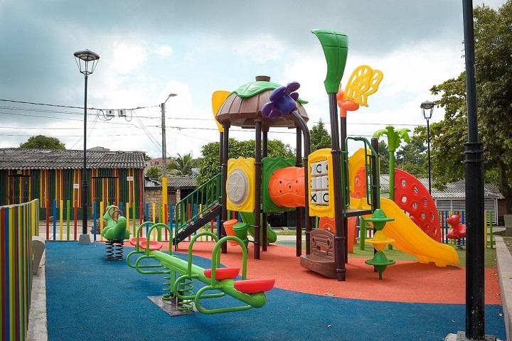 Barranqueños con parque nuevo en Miraflores. Llegó el espacio para la tranquilidad y el deporte | EL FRENTE